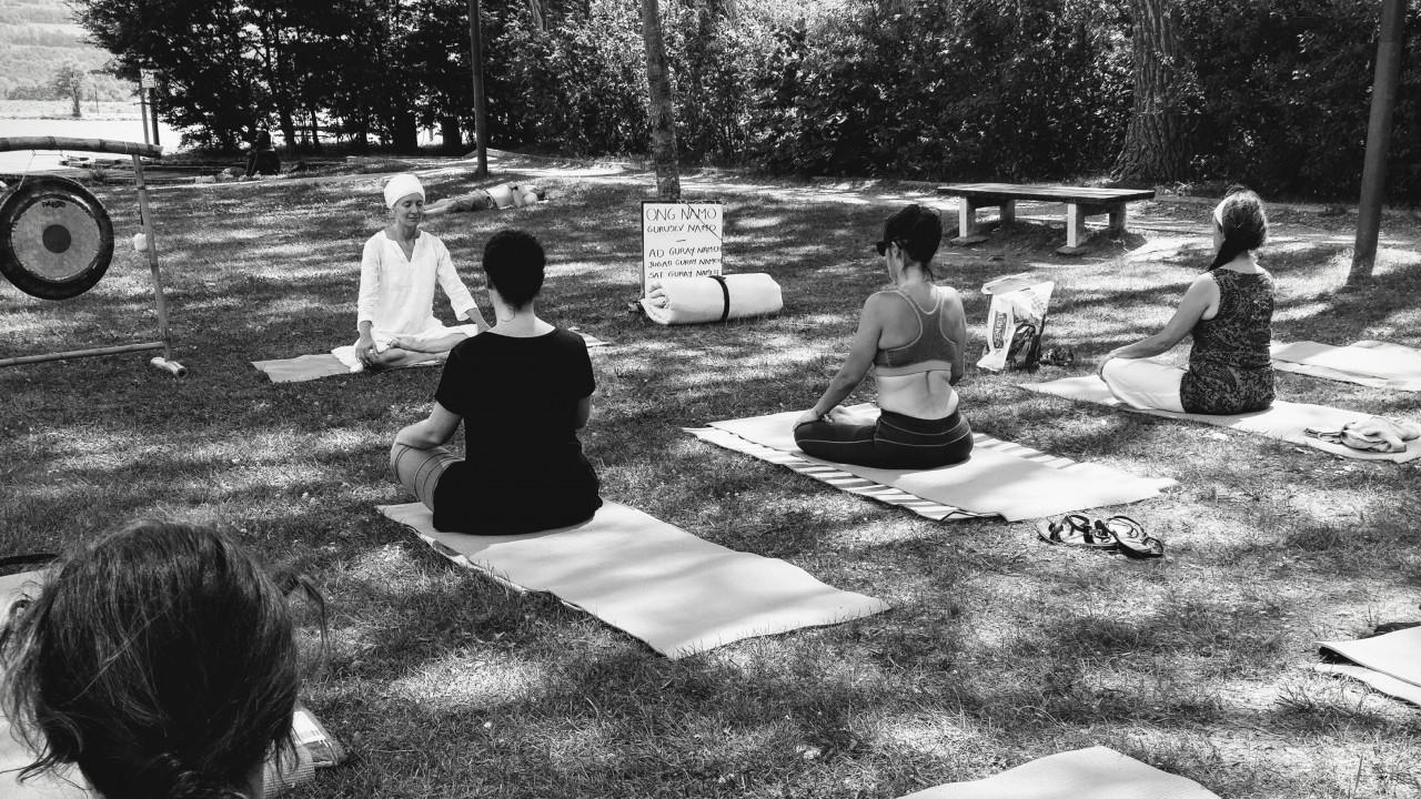 Kundalini Yoga Outdoor