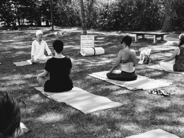 Kundalini Yoga Outdoor